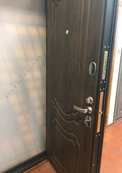 Входная дверь GROFF P3-301 (94 мм) П-28 Темная Вишня